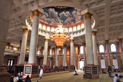 pilar masjid dian al Mahri